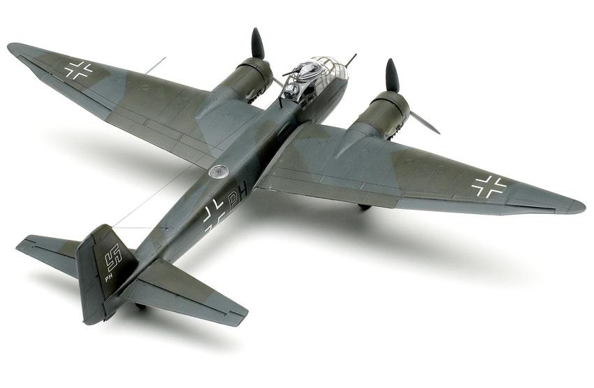 HASEGAWA 01563 1//72 Junkers JU188 A//E German WWII Bomber