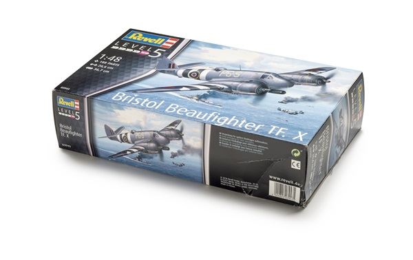 FSMWB0719_Revell_Beaufighter_box
