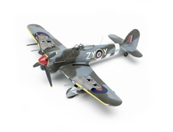 Airfix_Hawker_Typhoon02