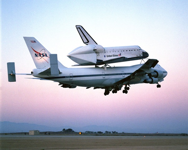 kelly afb space shuttle carrier aircraft - photo #22