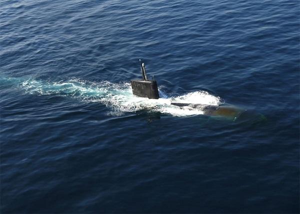 3dfe4b913e9 ... surfaces in the North Arabian Sea Nov. 11