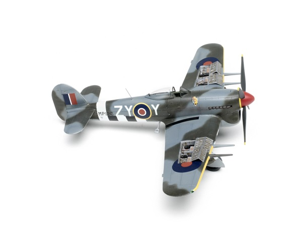 Airfix_Hawker_Typhoon03