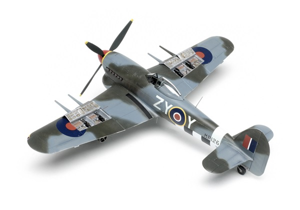 Airfix_Hawker_Typhoon05