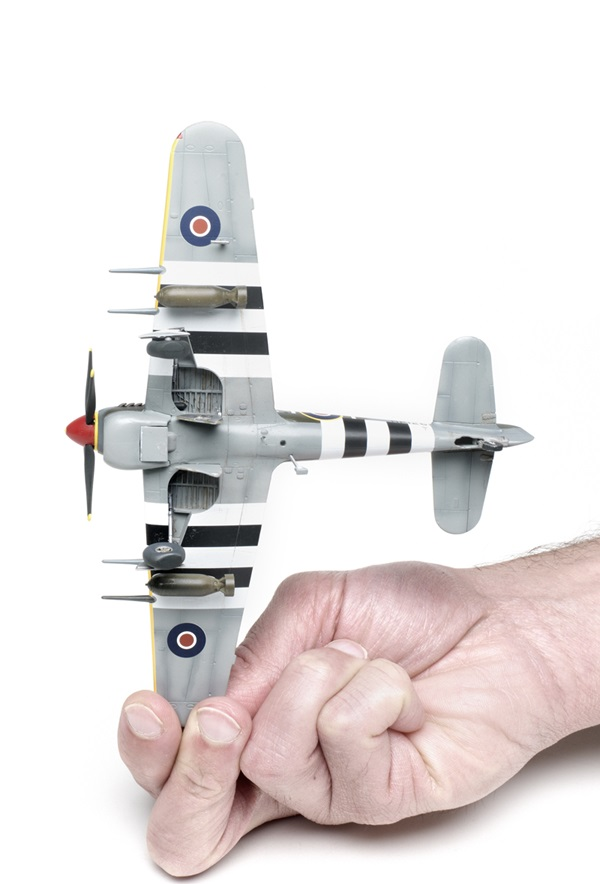 Airfix_Hawker_Typhoon06