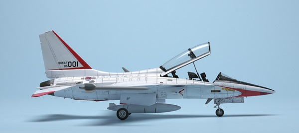 Academy 1/48 ROKAF T-50 Advanced Trainer | Finescale Modeler Magazine
