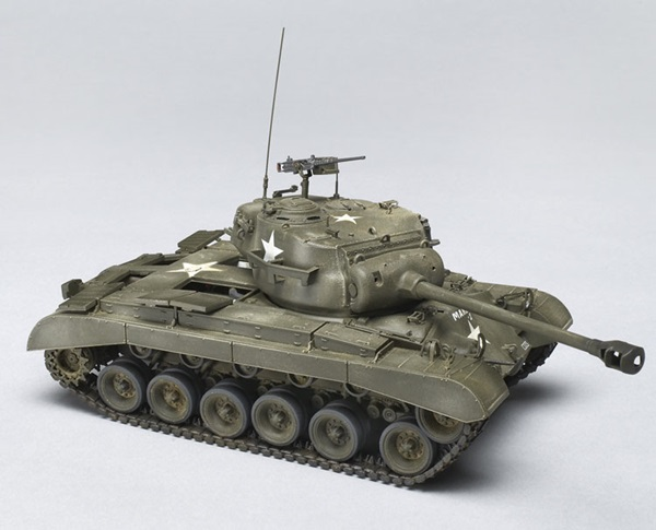 HobbyBoss 1/35 scale M26 Pershing tank