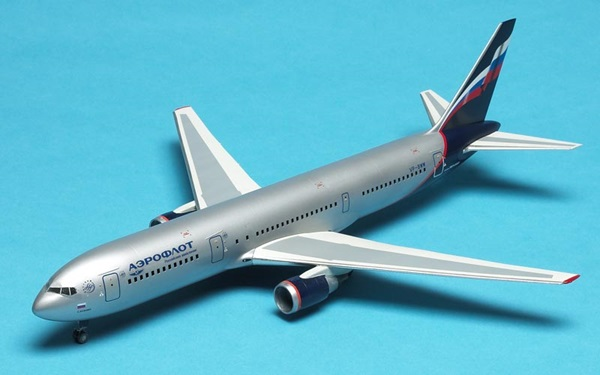 Zvezda 1/144 scale Boeing 767-300 airliner
