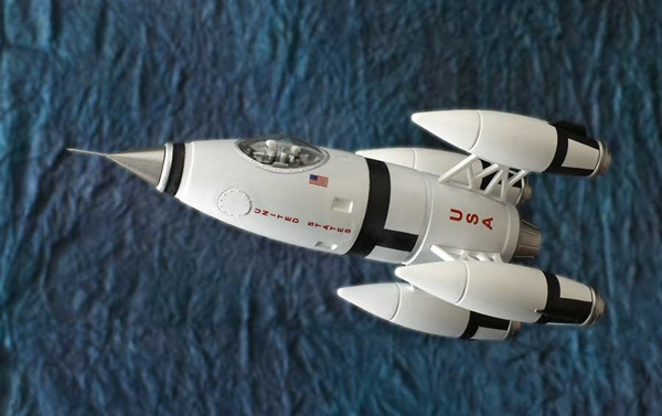 Pegasus Hobbies 1/72 scale Apollo 27